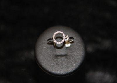 Bague-Or-Blanc-diamants-1-400x284