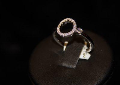 Bague-Or-Blanc-diamants-2-400x284