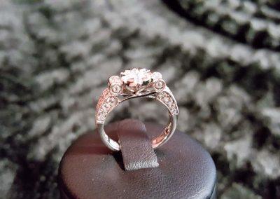 Bague-or-blanc-diamants-400x284