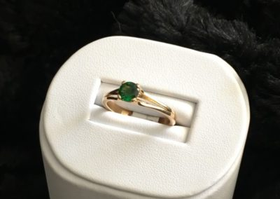 Bague-or-jaune-tsavorite-400x284