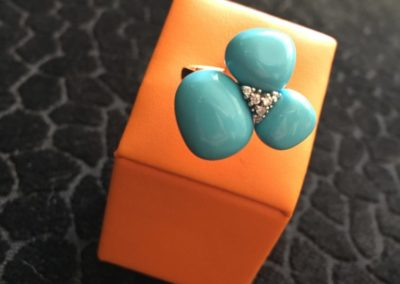Bague-turquoise-or-rose-diamants--400x284