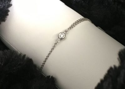 Bracelet-or-blanc-diamants-400x284